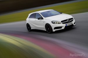 2014-mercedes-benz-a45-am-34_1600x0w