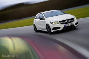 2014-mercedes-benz-a45-am-35_1600x0w