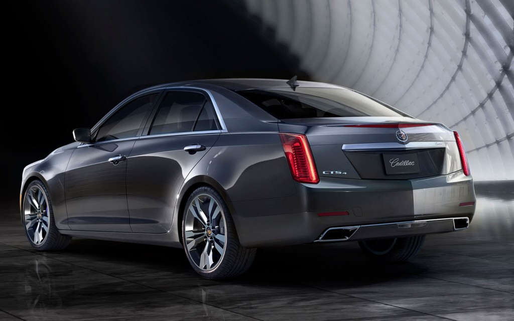 2014-Cadillac-CTS-rear-left-view