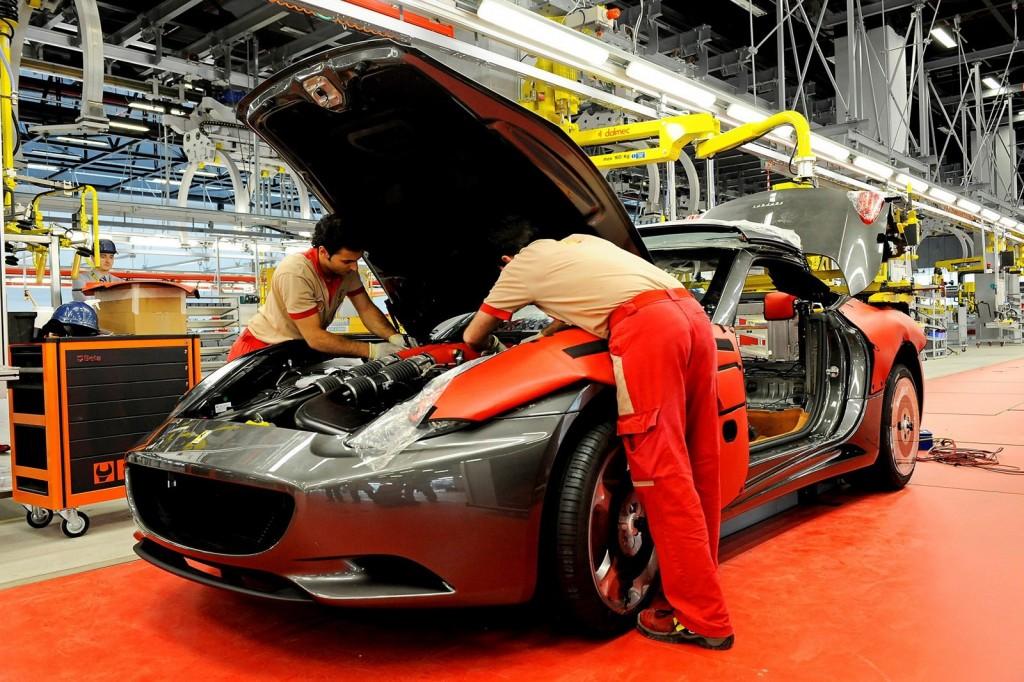 Ferrari-assembly-line4