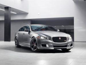 Jaguar-XJR_2014_1280x960_wallpaper_01