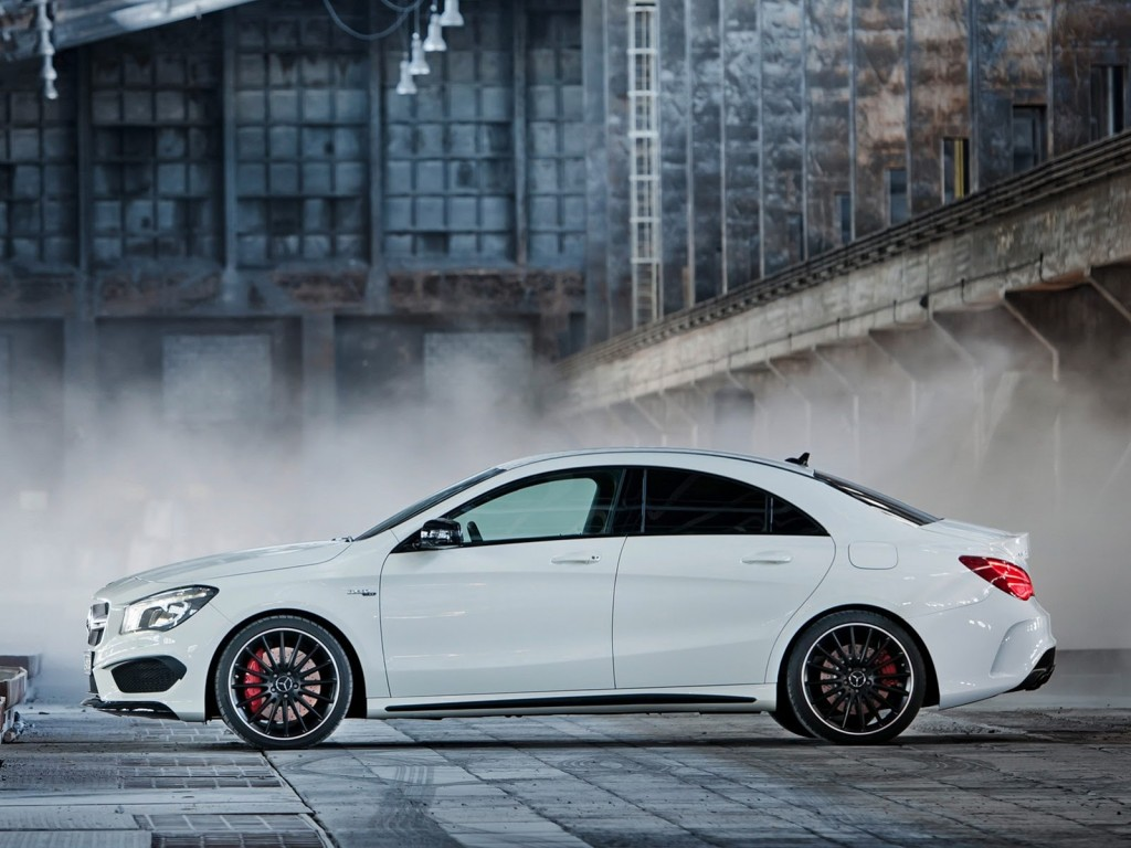 New-Mercedes-CLA-45-AMG-2[2]