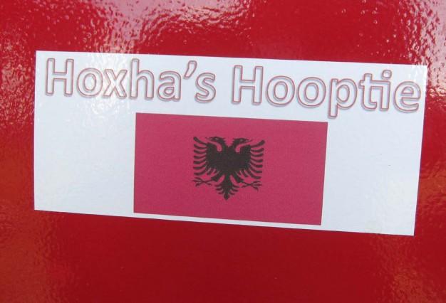 24-Hours-of-LeMons-Enver-Hoxha-themed-BMW-E30-Team-at-Road-America-4-626x426