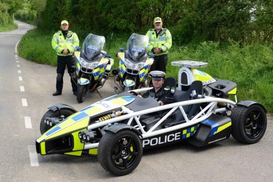 ariel-atom-police-car_100468668_l